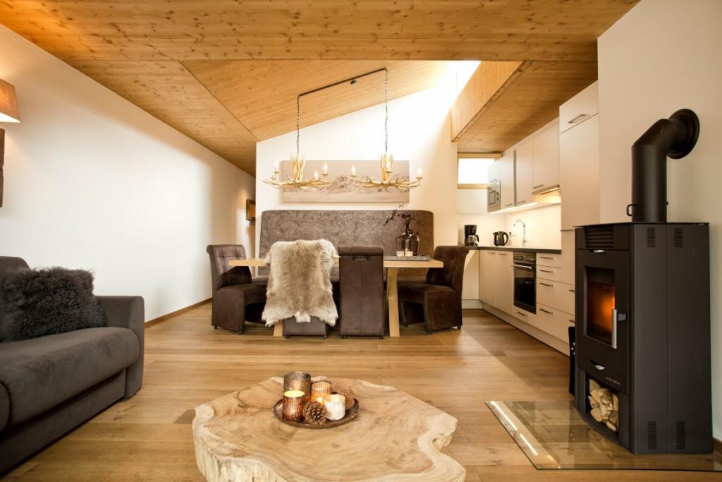woonkamer en eethoek